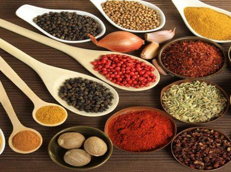 مواد اولیه غذایی در کردستان|پیمان خدری (شیره سقز)