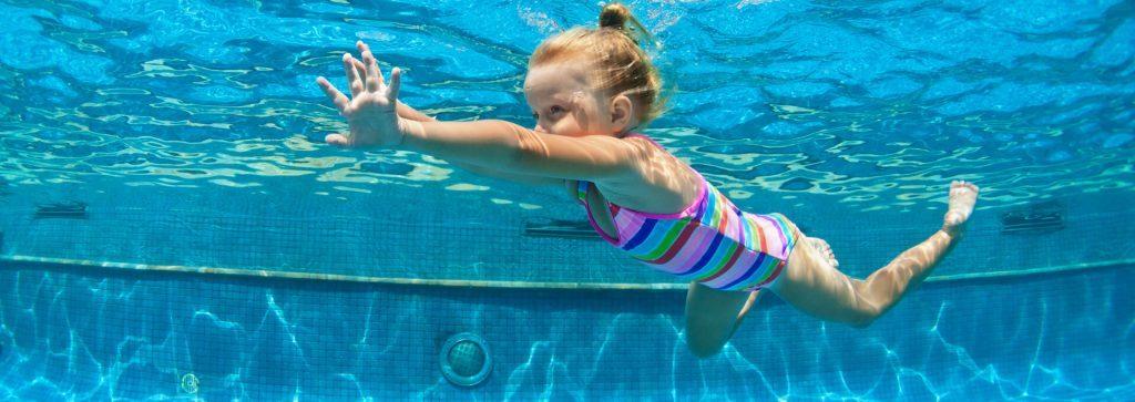 ماساژ | آموزش شنا | تخصصی ترین مرکز شنا و اسپا | مجموعه آموزشی شنا گلسنگ