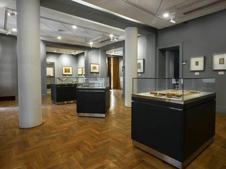 موزه شهدای بهشت زهرا / موزه در بزرگراه بهشت زهرا